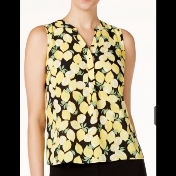 ffce24a1fff3f3 Nine West Lemon Print V Neck Shell Blouse M